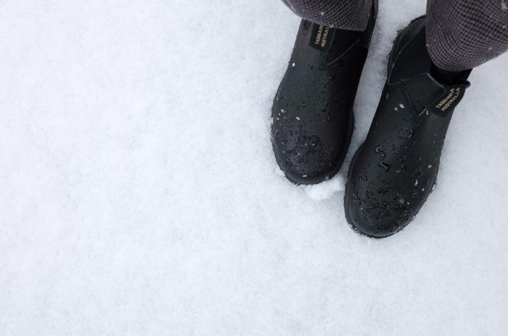 雪の日のブランドストーン