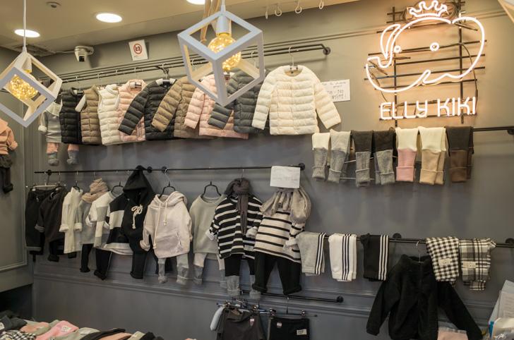 南大門市場の子ども服店