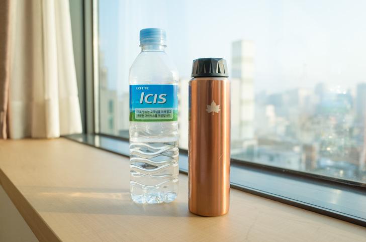 ロゴスの水筒とペットボトル