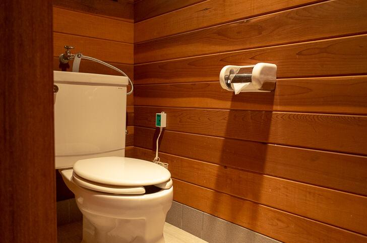コテージ トイレ