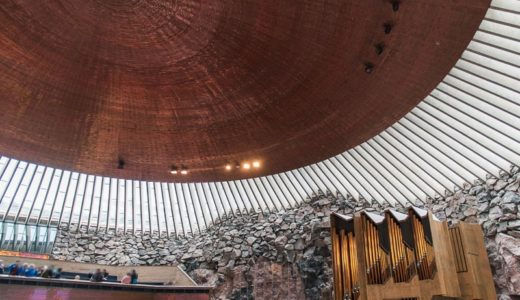 【子連れヘルシンキ】テンペリアウキオ教会の意外な見どころがおすすめ