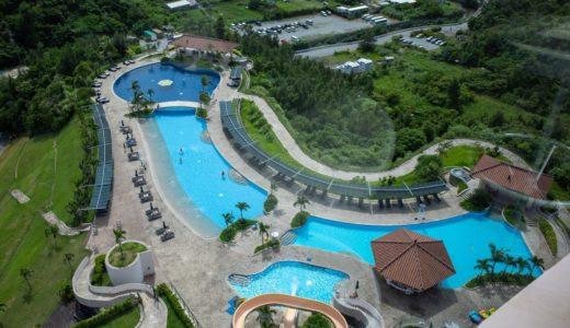 【沖縄最大級】マリオットのプールで子供と遊ぶ|スライダーやキッズプールのようす