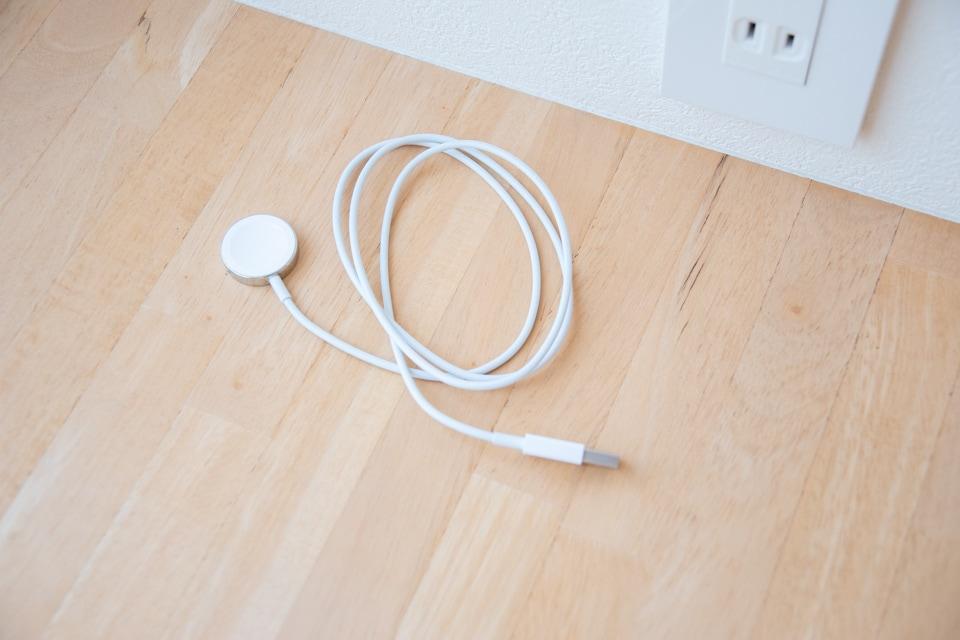 アップルウォッチ 充電ケーブル